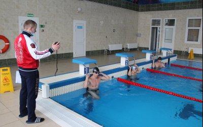 Авиаторов испытали плаванием