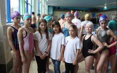 Синхронистки получили разряды по плаванию